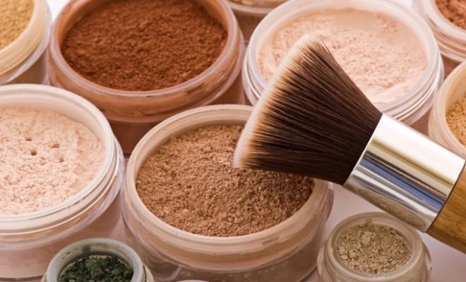 Mineral Makeup Vs. Traditional Makeup