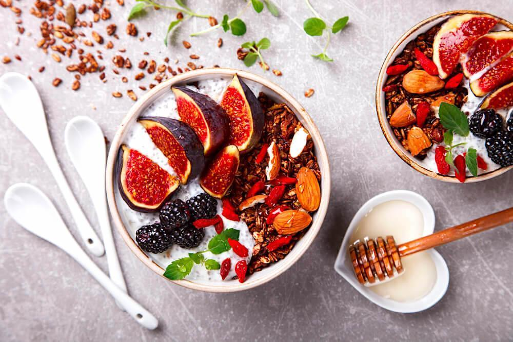 figs in granola bowl